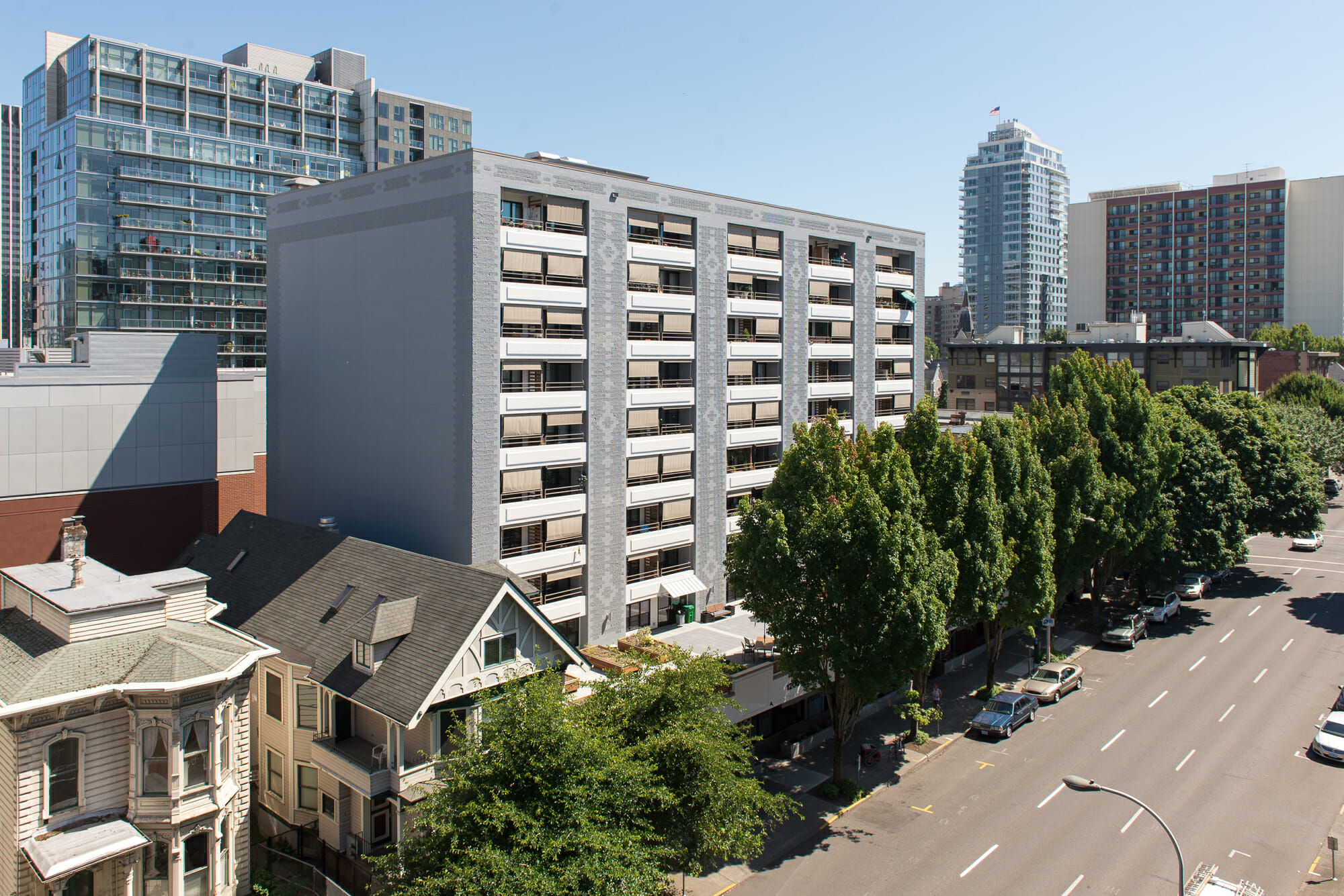 wned by Cedar Sinai Park and managed by Harsch Investment Properties, the 1200 Building is 100% Section 8 affordable housing for low income elderly and disabled persons