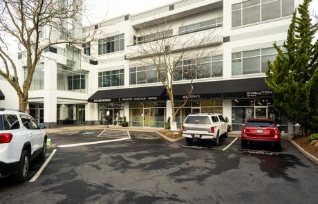Lincoln Place is a 57,000 SF office building with convenient access to I-405 and Highway 26 and within walking distance of Providence Park.