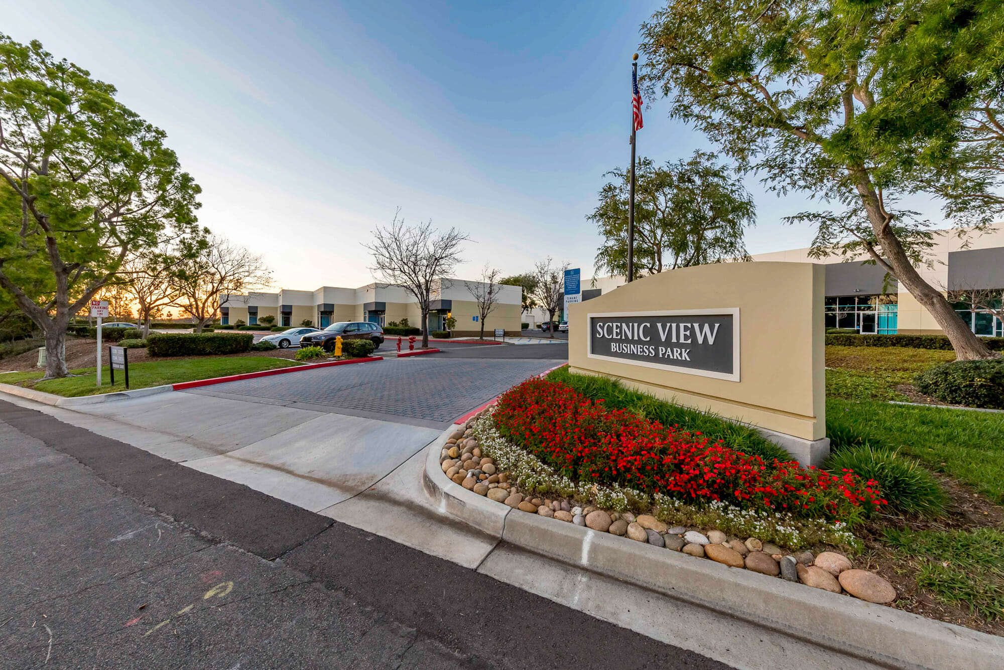 Scenic View Business Park consists of eight multi-tenant concrete tilt-up buildings totaling 147,848 SF, flexible multi-tenant designs, dock and grade-level loading, on-site deli, and ample parking.