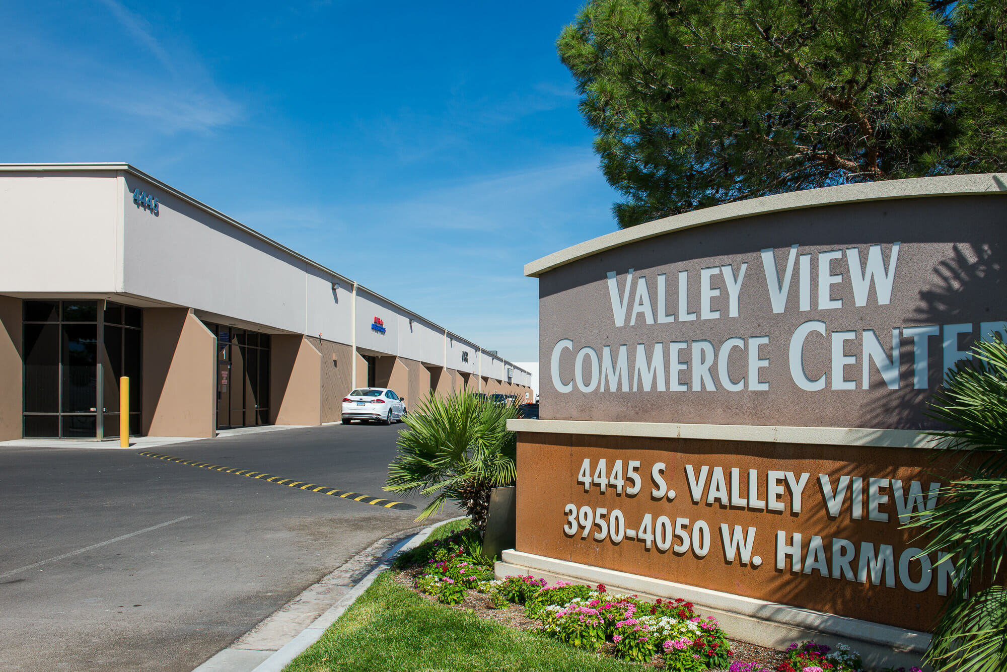 Just minutes away from the I-15, Strip and Desert Inn Road, the 380,000 SF Valley View Commerce Center is an industrial property located in the heart of the West Central market.