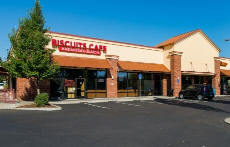 Biscuits Cafe at Tigard Towne Square
